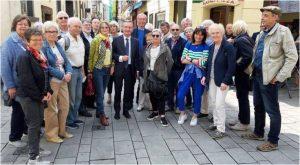 Gästegruppe in der Düsseldorfer Altstadt mitOberbürgermeister Thomas Geisel